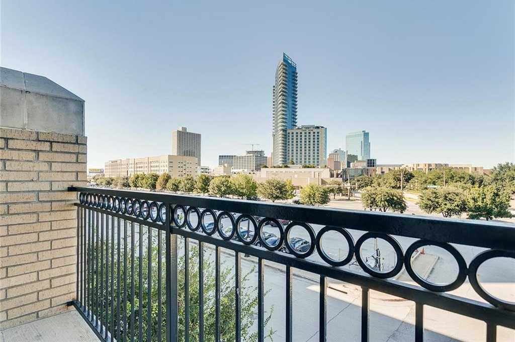 $199,000 - 1Br/1Ba -  for Sale in Texas & Pacific Lofts Condo, Fort Worth
