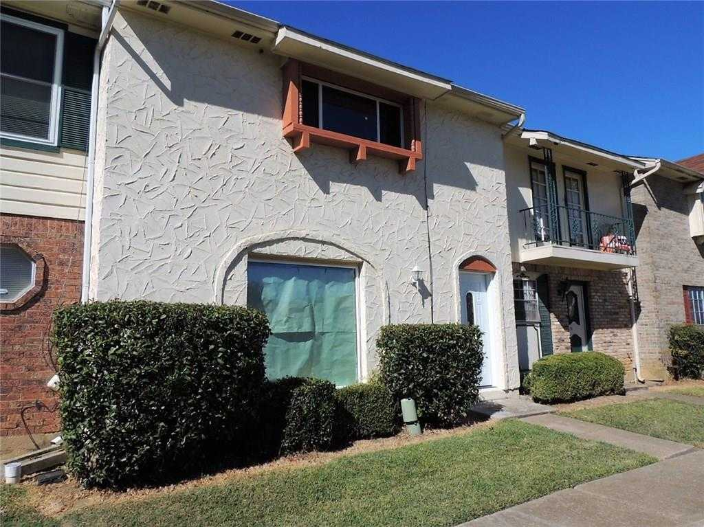 $140,000 - 3Br/3Ba -  for Sale in Mountain Creek Townhouses Site, Grand Prairie