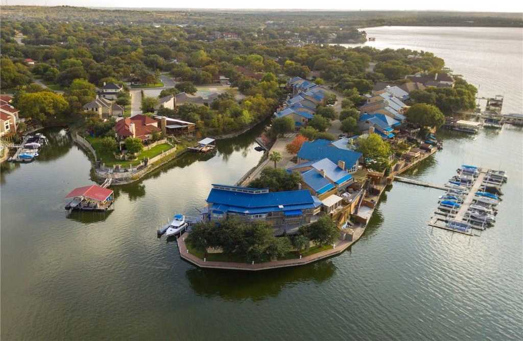 $949,000 - 4Br/4Ba -  for Sale in Lake Country Estates Add, Fort Worth