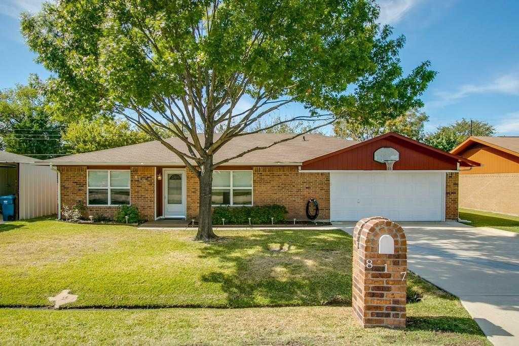 $300,000 - 3Br/2Ba -  for Sale in North Lake Estates, Coppell