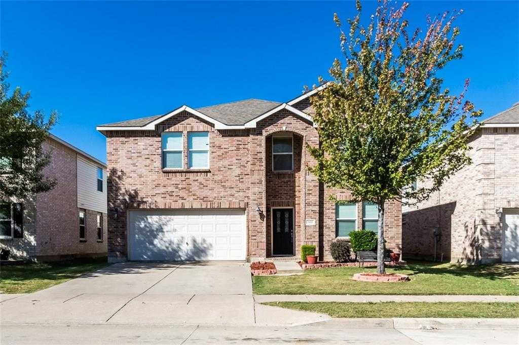 $250,000 - 5Br/4Ba -  for Sale in Basswood Village, Fort Worth