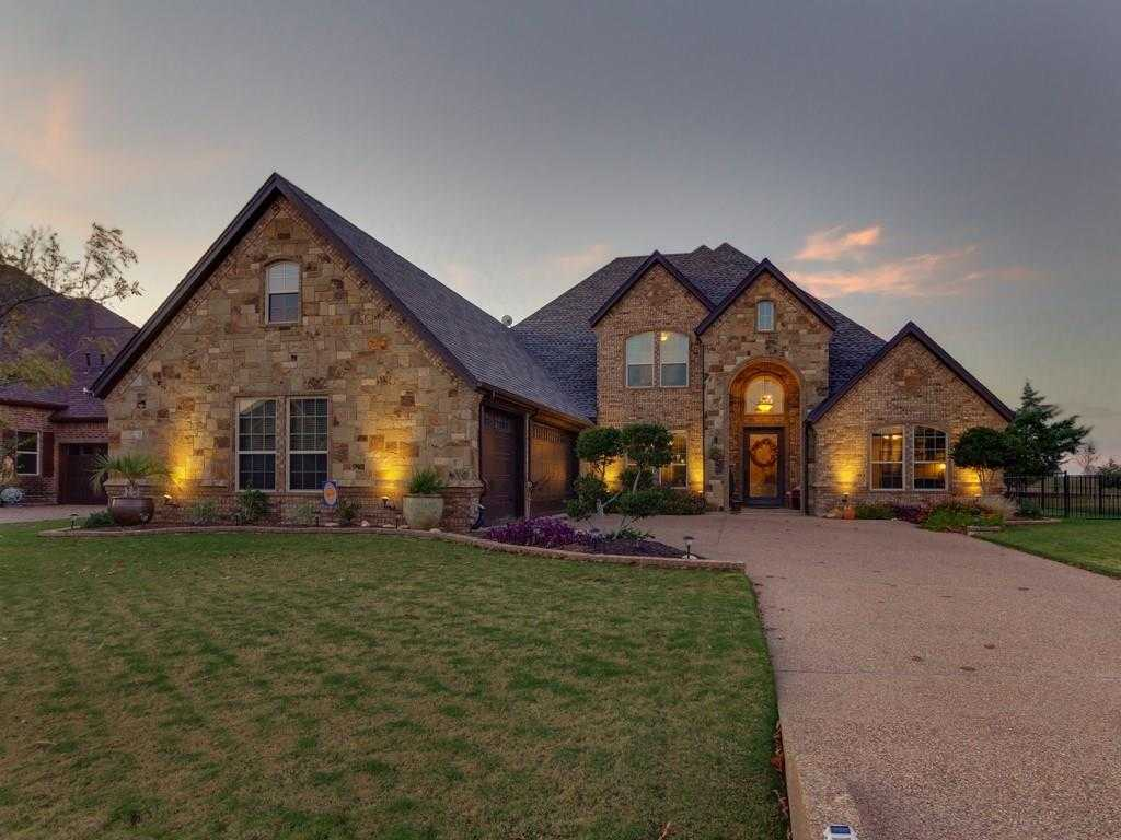 $499,900 - 4Br/4Ba -  for Sale in Resort On Eagle Mountain Lake, Fort Worth