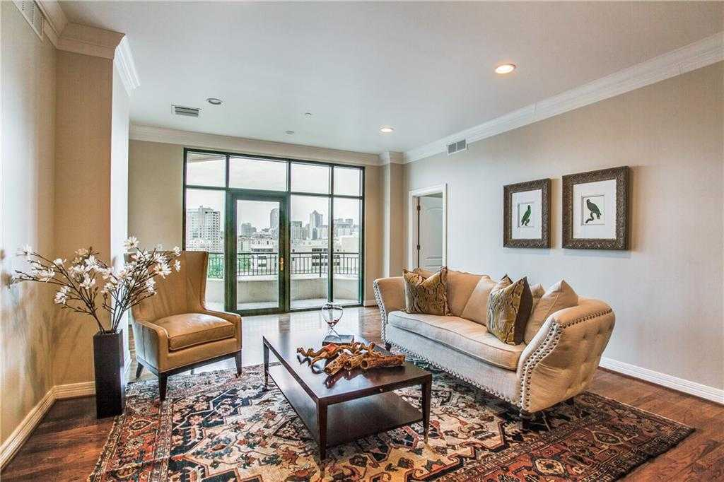 $665,000 - 2Br/3Ba -  for Sale in Plaza At Turtle Creek Residence Ph, Dallas
