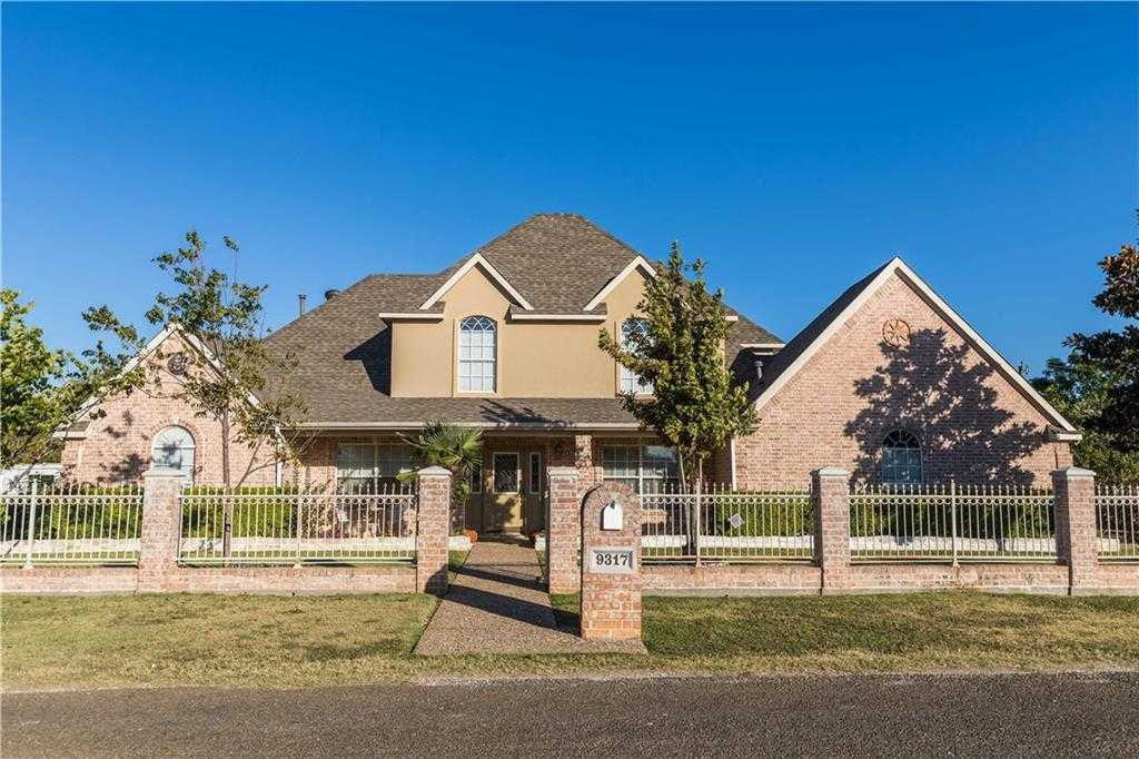 $250,000 - 5Br/3Ba -  for Sale in South Seminary Add, Fort Worth