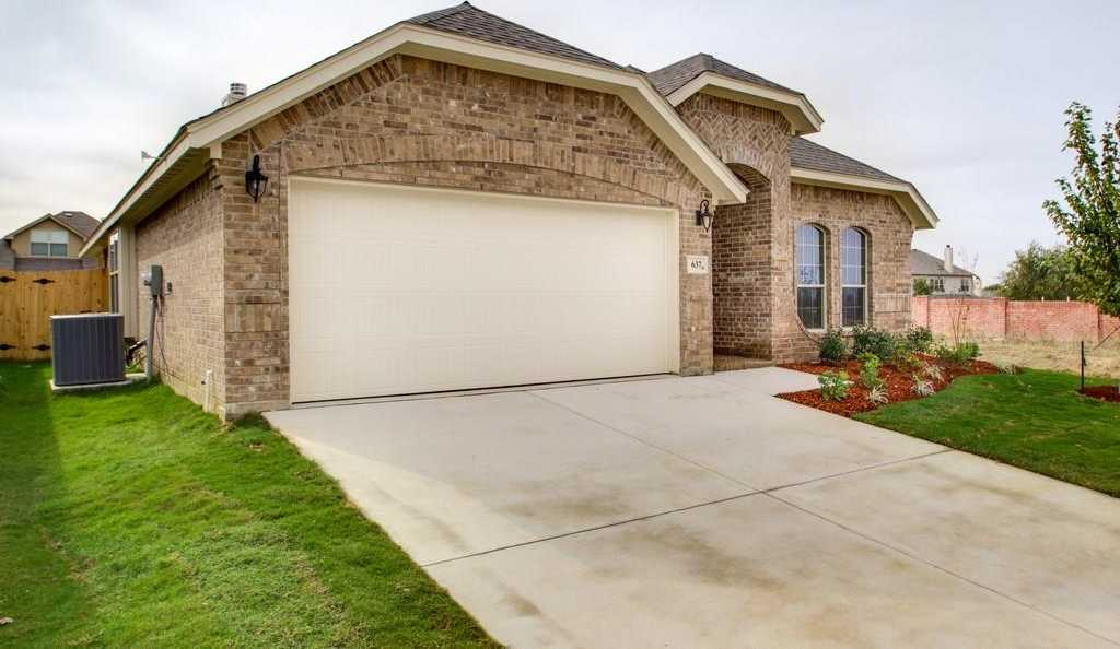 $250,000 - 3Br/2Ba -  for Sale in Highpoint Hill, Fort Worth