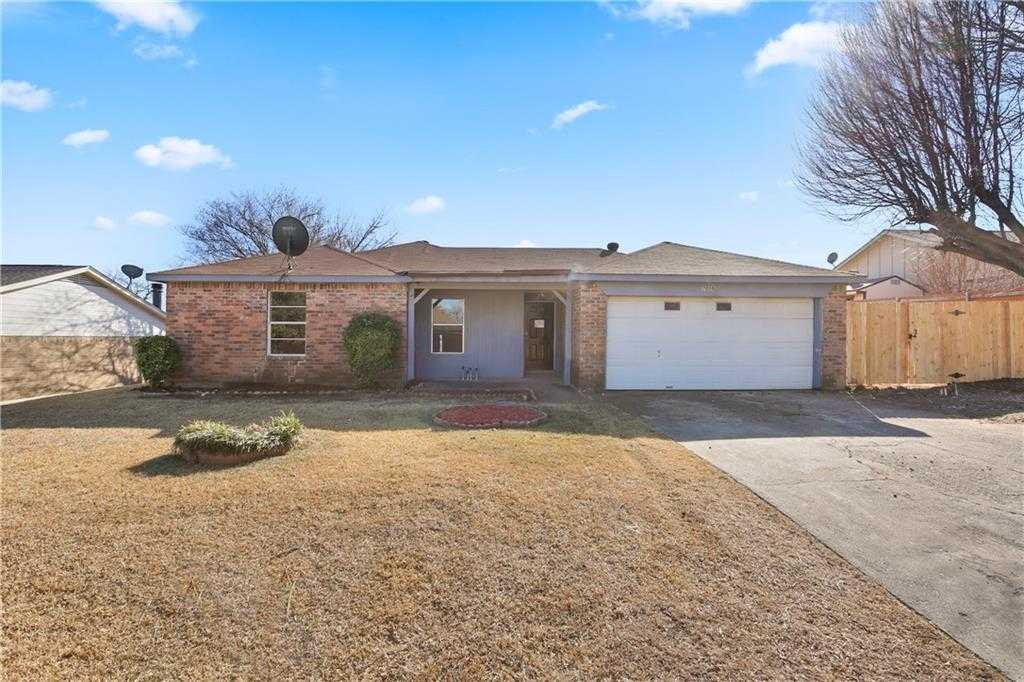$187,000 - 3Br/2Ba -  for Sale in Windcrest Add, North Richland Hills
