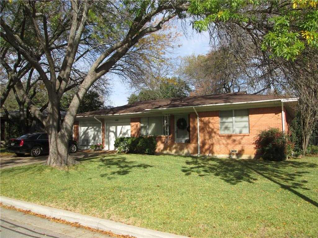 $150,000 - 3Br/2Ba -  for Sale in South Hills Add, Fort Worth