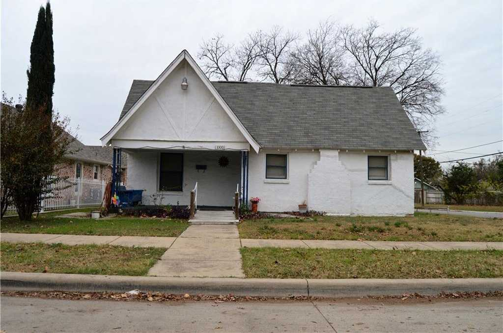 $150,000 - 3Br/2Ba -  for Sale in Byers & Mccart Add, Fort Worth