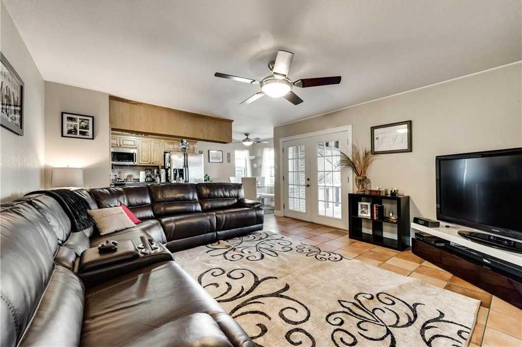 $204,900 - 3Br/2Ba -  for Sale in Oakwood Terrace North, Euless