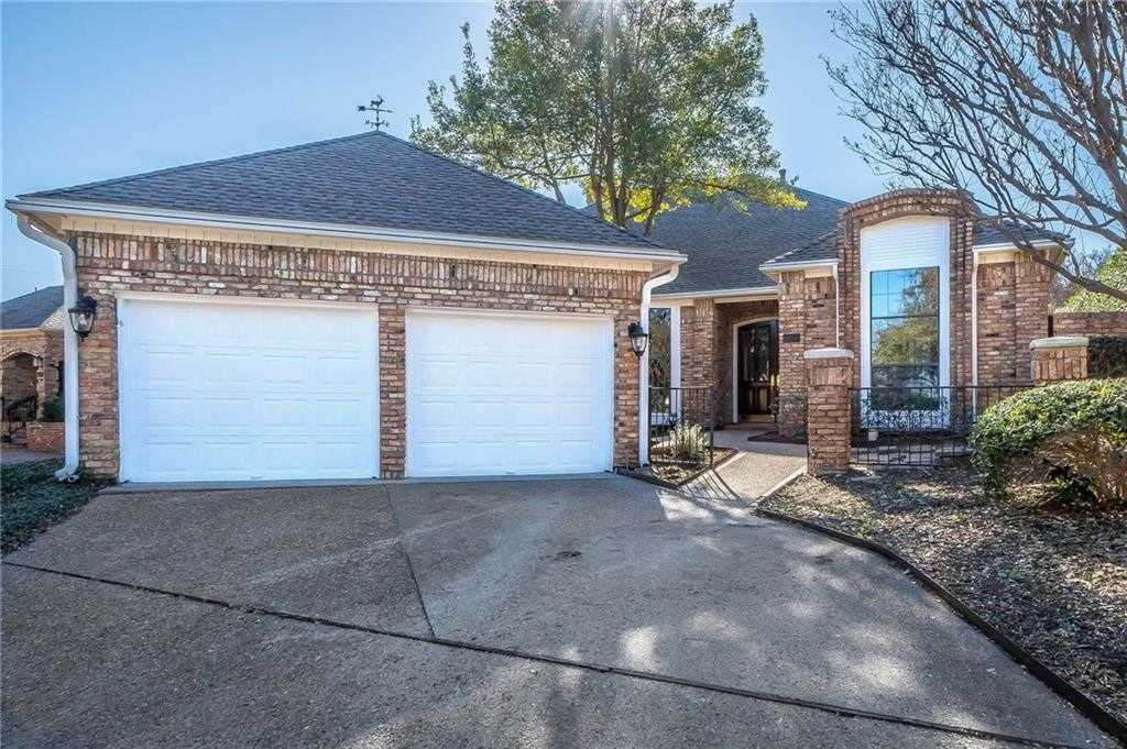 $560,000 - 3Br/3Ba -  for Sale in Oaks North, Addison
