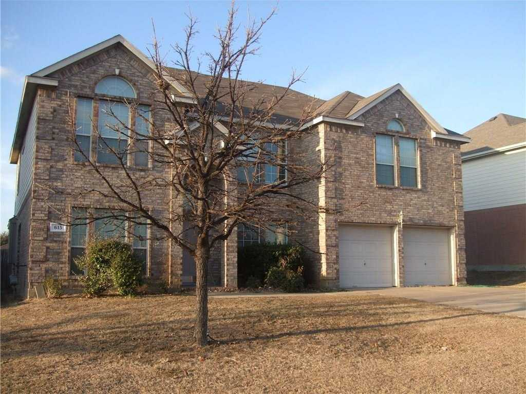 - 5Br/4Ba -  for Sale in Dover Heights Add, Mansfield