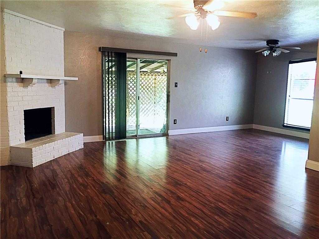 - 3Br/2Ba -  for Sale in Cluster 01 3rd Sec, Grand Prairie