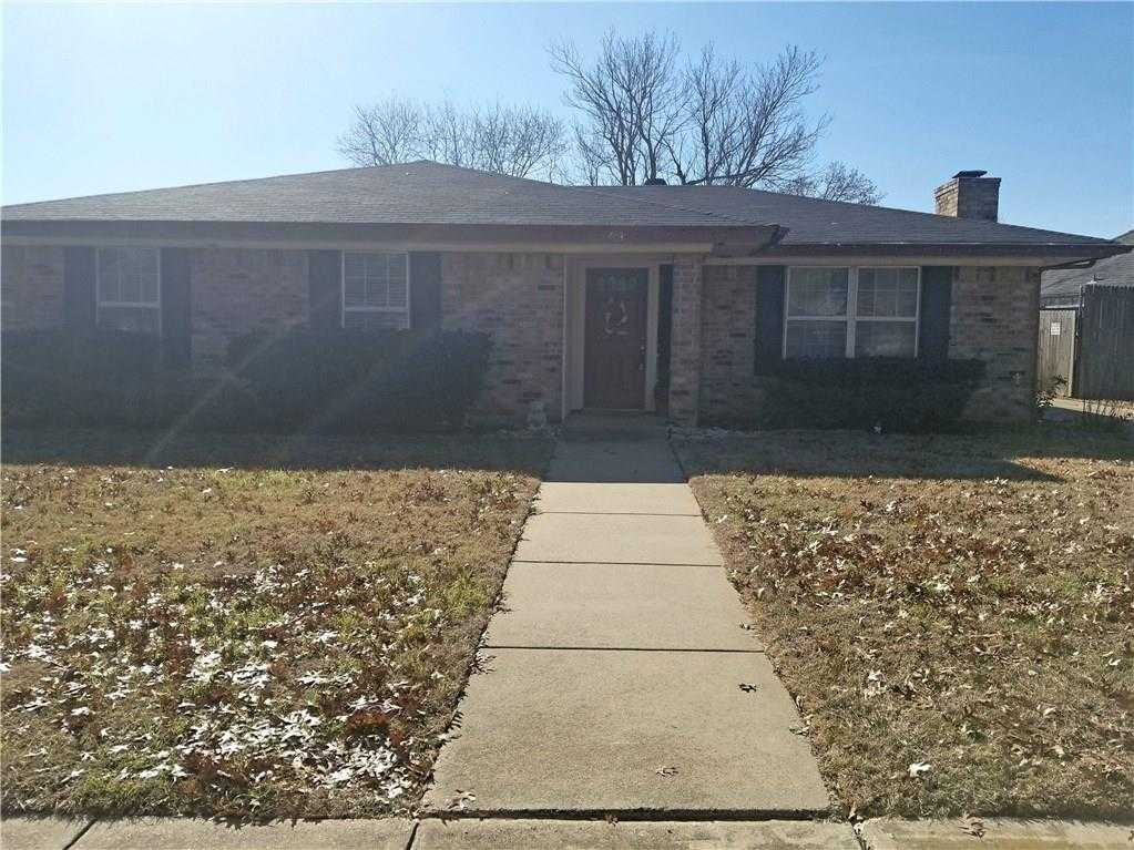 - 3Br/2Ba -  for Sale in Bear Creek Estates, Euless