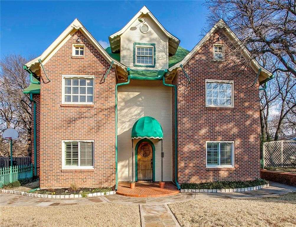 $300,000 - 4Br/3Ba -  for Sale in Edgewood Heights Add, Fort Worth