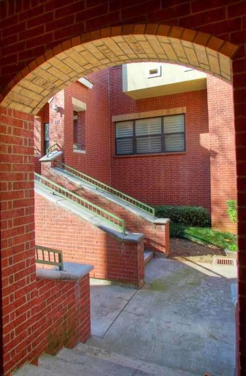 $250,000 - 2Br/3Ba -  for Sale in Chelsea Park Townhomes, Arlington