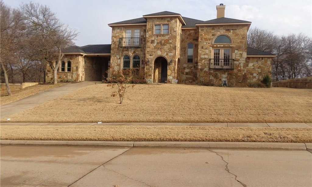 $499,999 - 4Br/4Ba -  for Sale in Lake Ridge Sec 11, Grand Prairie