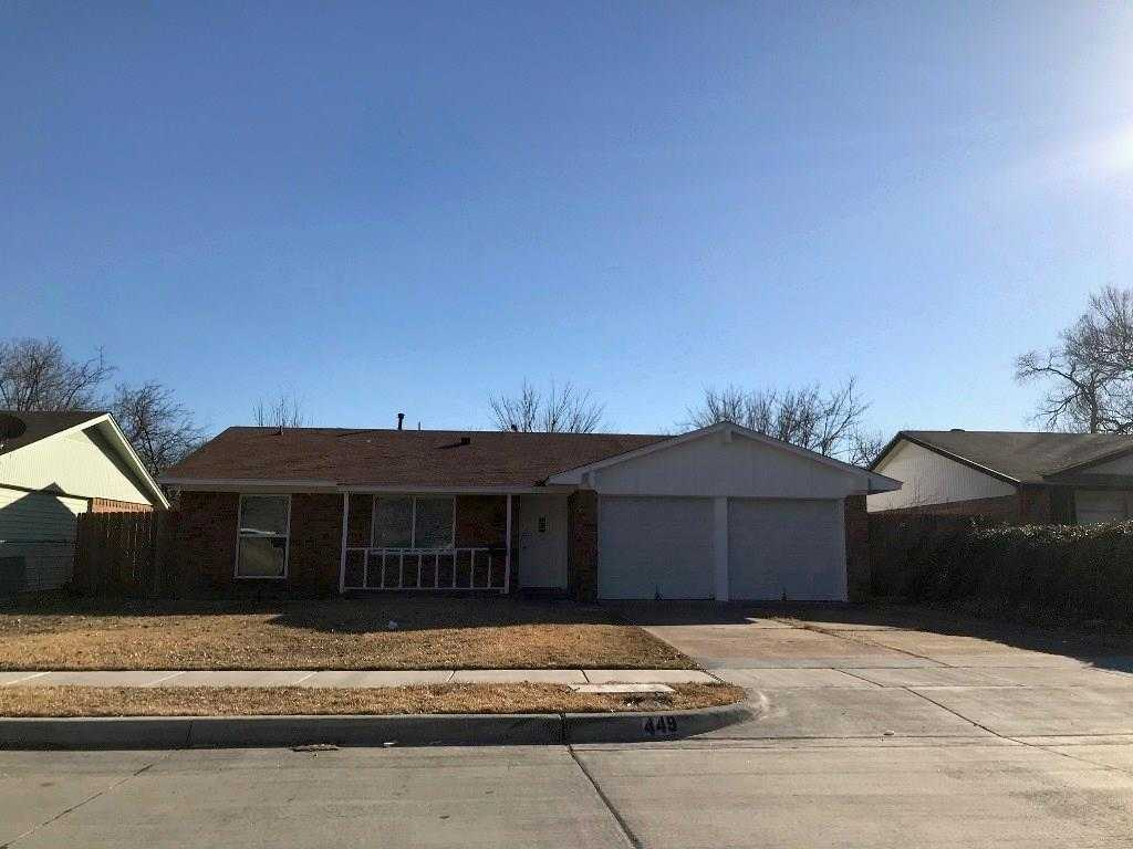 - 3Br/2Ba -  for Sale in Country Club Estates, Grand Prairie