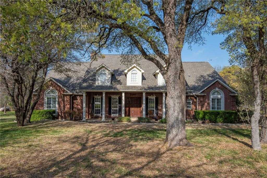 $499,900 - 3Br/3Ba -  for Sale in Oaks Of Aledo Add, Fort Worth
