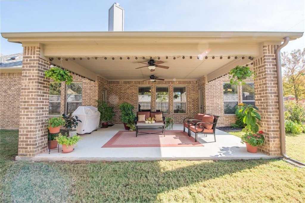 $428,000 - 4Br/3Ba -  for Sale in Runnymede Woods, Arlington