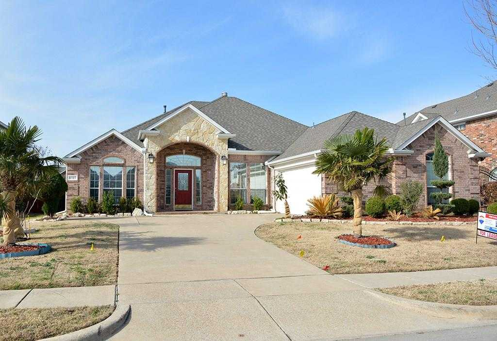 - 4Br/2Ba -  for Sale in Lake Parks West, Grand Prairie
