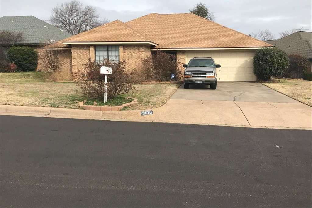 $149,950 - 3Br/2Ba -  for Sale in Candleridge Add, Fort Worth
