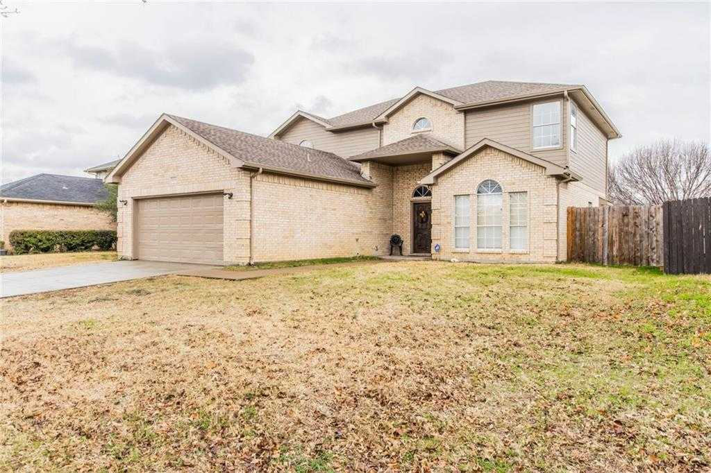 $250,000 - 4Br/3Ba -  for Sale in Westchester On The Creek Ph 01, Grand Prairie