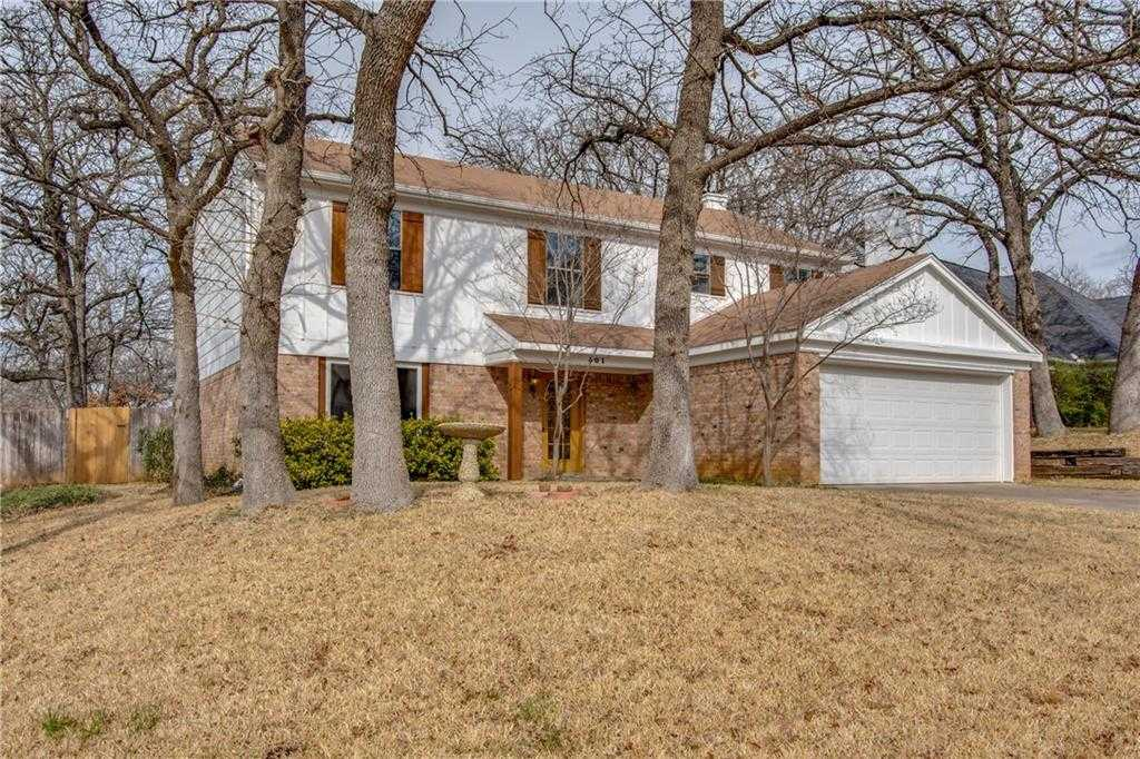 $270,000 - 4Br/4Ba -  for Sale in Woodlands Add, Euless