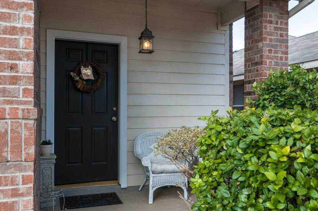 $220,000 - 3Br/3Ba -  for Sale in Villages Of Woodland Spgs West, Fort Worth
