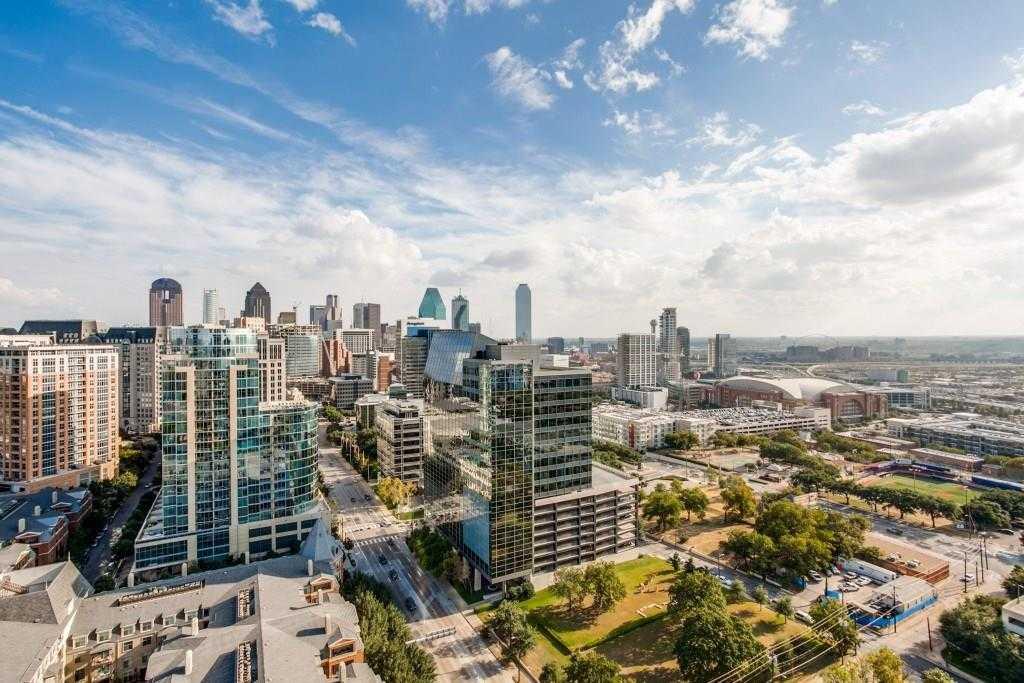 - 3Br/4Ba -  for Sale in Azure Condo, Dallas