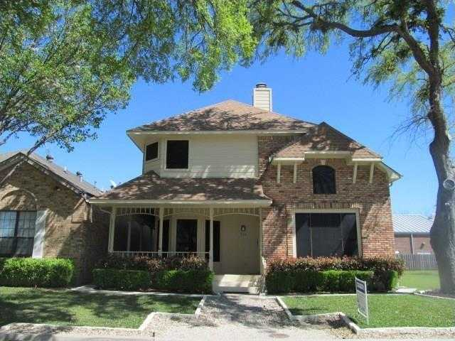 - 4Br/3Ba -  for Sale in Amachris Place, Rockwall