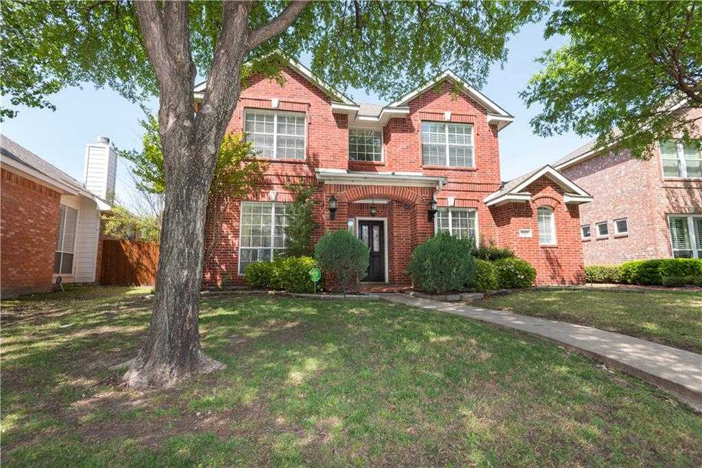 - 4Br/3Ba -  for Sale in The Trails Ph 1 Sec A, Frisco