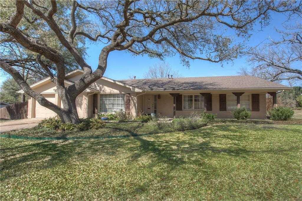 $376,500 - 3Br/2Ba -  for Sale in Ridgmar Add, Fort Worth
