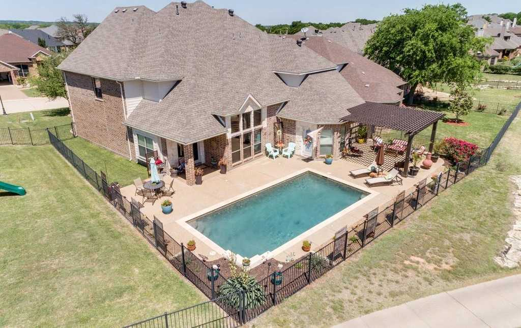 $499,900 - 5Br/4Ba -  for Sale in Resort On Eagle Mountain Lake, Fort Worth