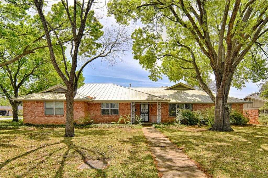 $399,900 - 4Br/3Ba -  for Sale in Westcliff Add, Fort Worth