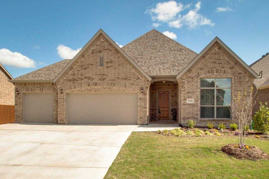 $375,000 - 3Br/2Ba -  for Sale in Seventeen Lakes Add, Fort Worth