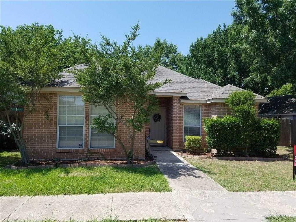 $198,000 - 3Br/2Ba -  for Sale in Green Oaks Garden Homes, Arlington
