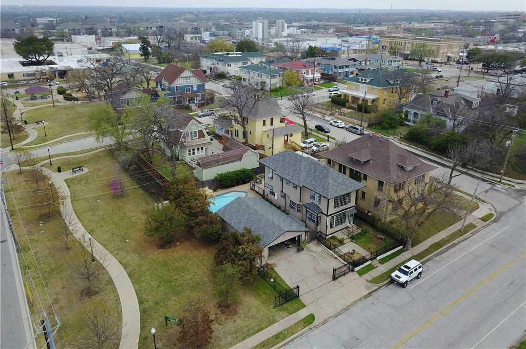 $375,000 - 4Br/3Ba -  for Sale in Tucker Add, Fort Worth