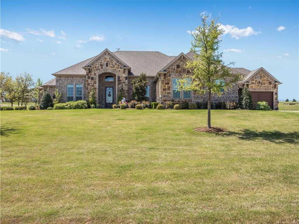 $649,000 - 4Br/4Ba -  for Sale in Bella Flora, Fort Worth