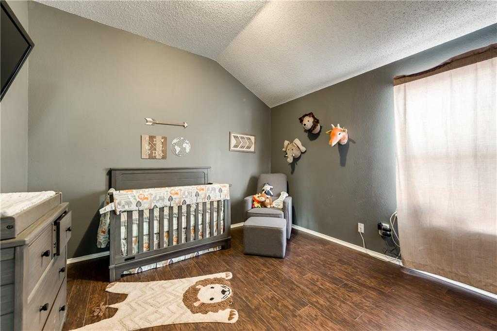$239,900 - 3Br/2Ba -  for Sale in Walnut Creek Connection Add, Mansfield