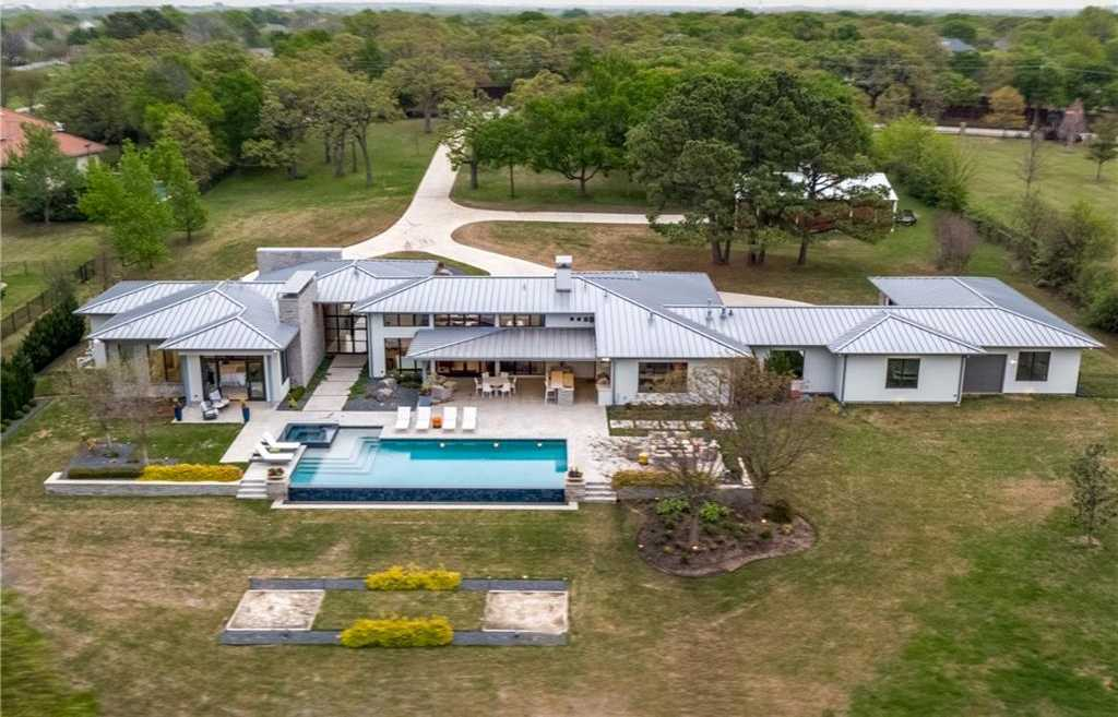$3,700,000 - 3Br/5Ba -  for Sale in Airpark Estates Add, Southlake