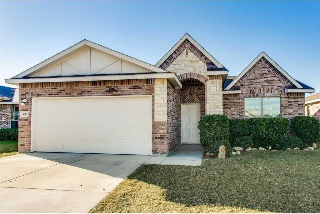 $216,000 - 4Br/2Ba -  for Sale in Arcadia Park, Fort Worth