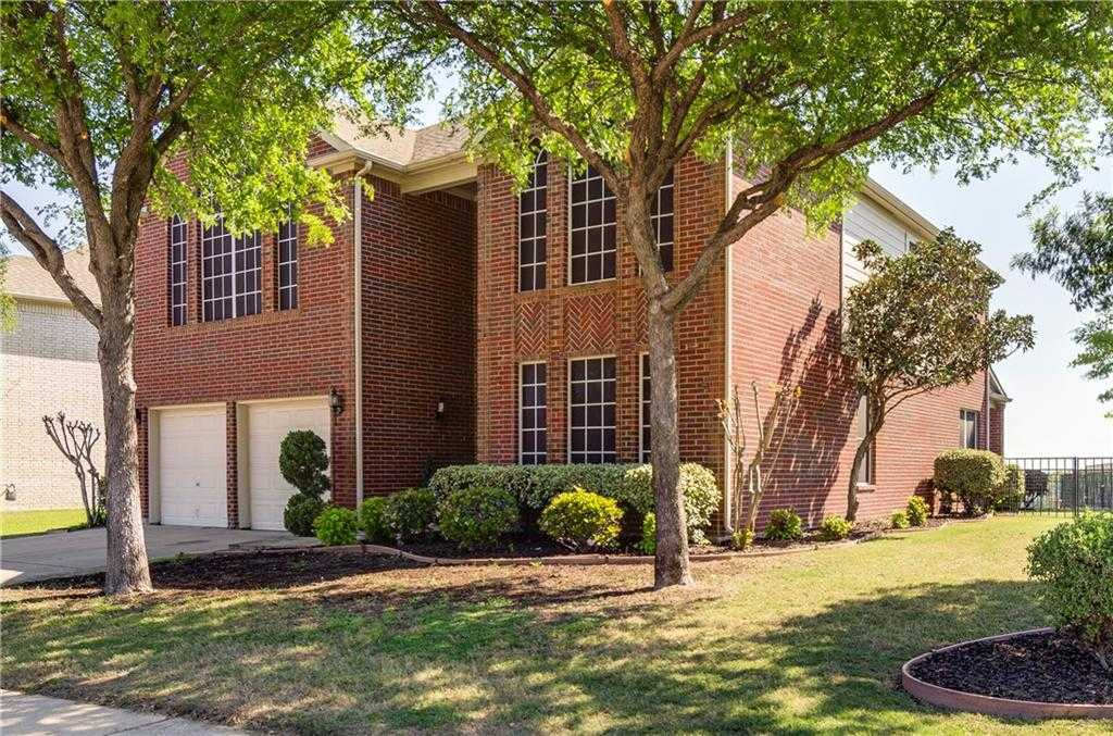 $325,000 - 5Br/3Ba -  for Sale in Hills At Fossil Creek Add, Fort Worth