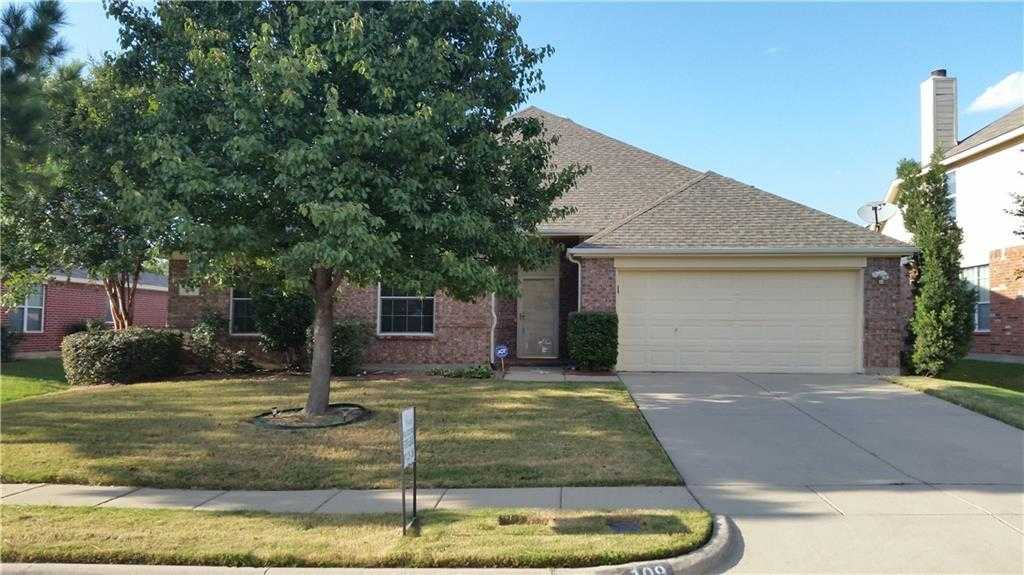 - 4Br/2Ba -  for Sale in Willowstone Estates, Mansfield