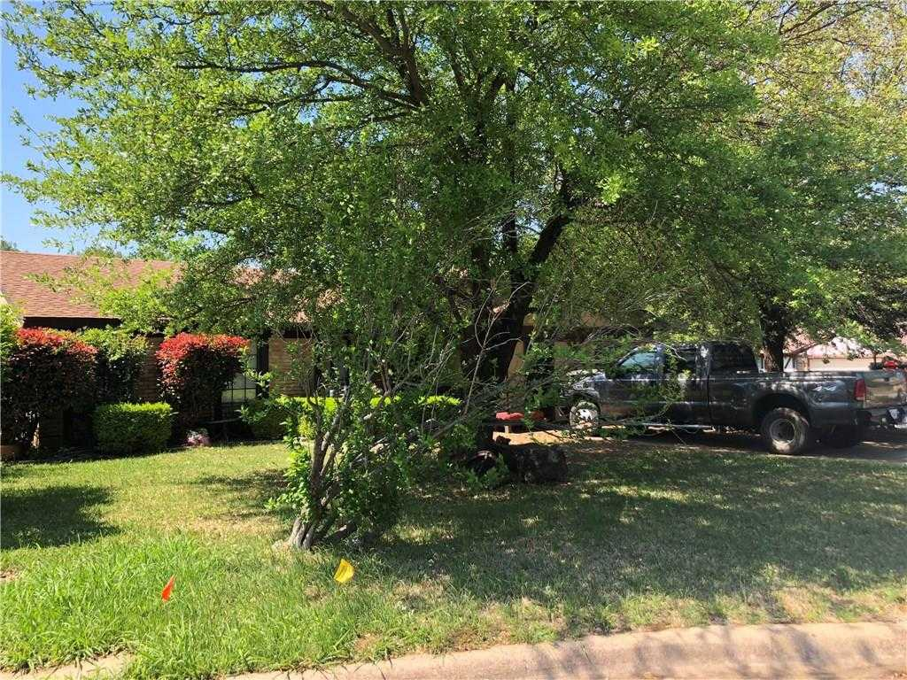 $249,900 - 3Br/2Ba -  for Sale in Woods Add, Grapevine