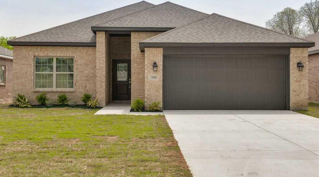 $334,900 - 4Br/3Ba -  for Sale in Noble Estates Add, Hurst