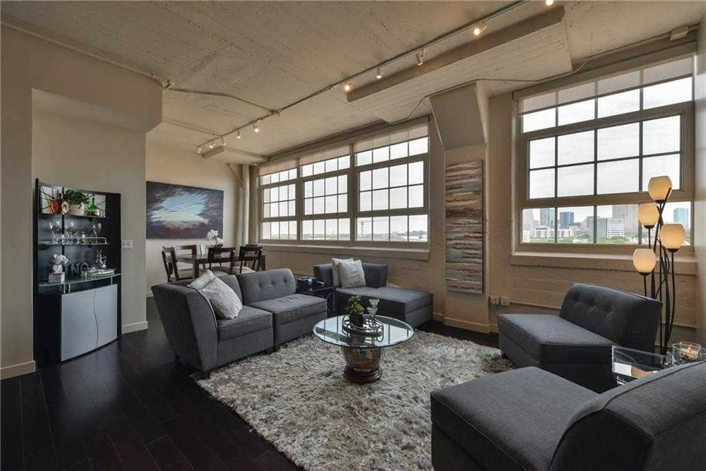 $539,500 - 2Br/3Ba -  for Sale in One Montgomery Plaza Residence Condo, Fort Worth