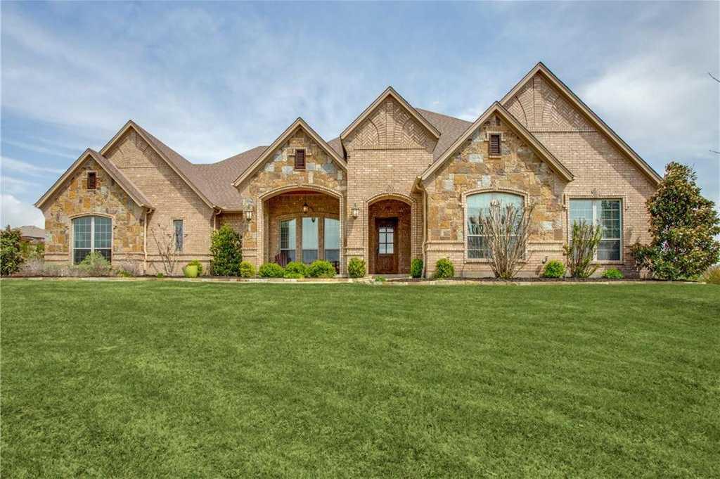 $565,000 - 4Br/4Ba -  for Sale in Bella Flora, Fort Worth