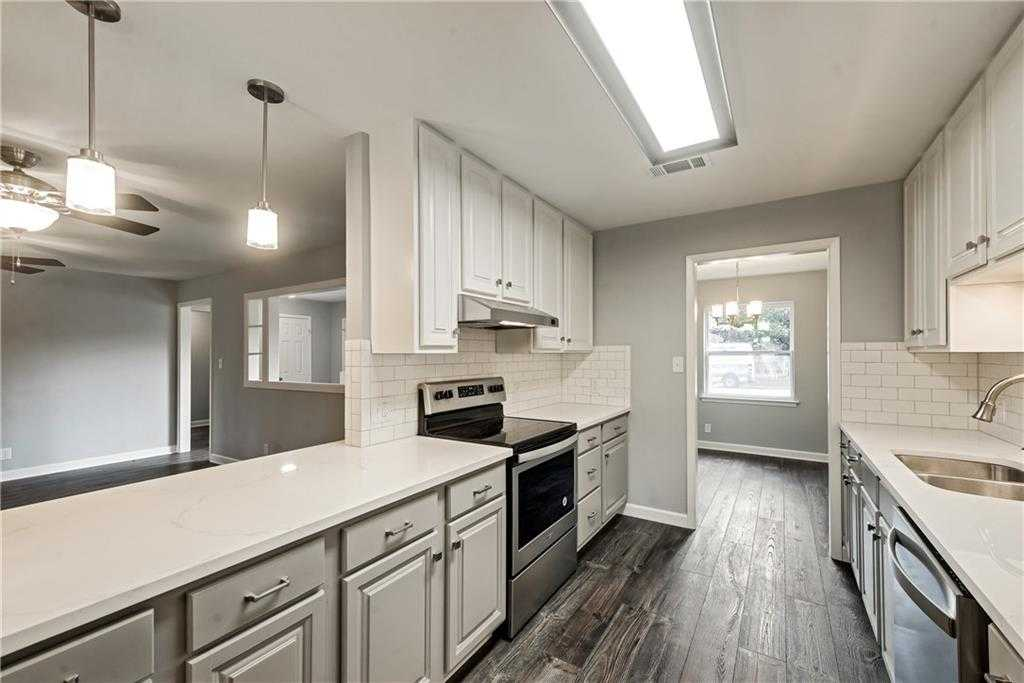 $384,900 - 5Br/3Ba -  for Sale in Westcliff Add, Fort Worth