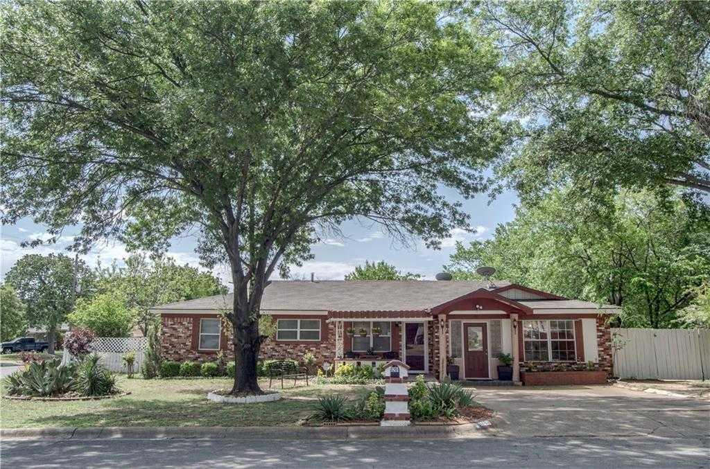 $224,000 - 4Br/2Ba -  for Sale in Walker Oaks Add, Hurst