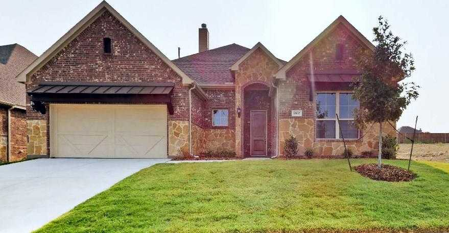 $339,990 - 4Br/3Ba -  for Sale in Talon Hill, Fort Worth